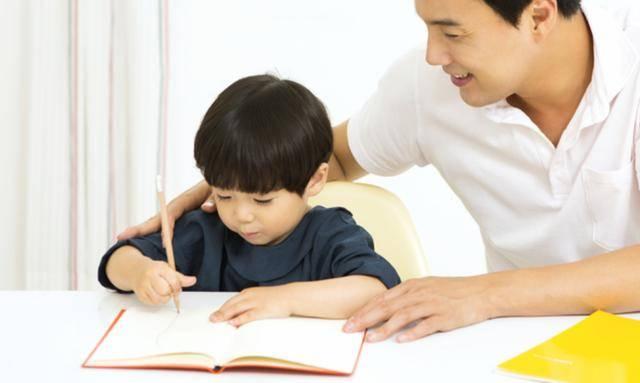 心理学:4对父子,哪对是真父子?测出你的情商有多高!